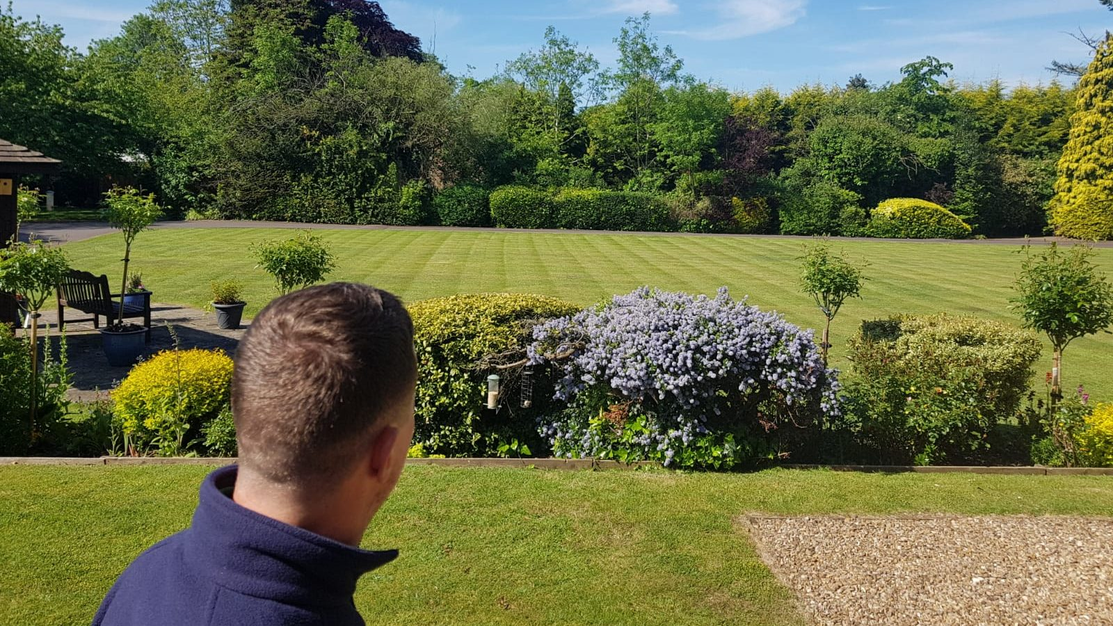 Garden Maintenance for large properties in Leicester